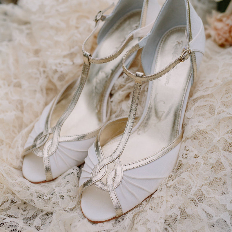 We love vintage style wedding shoes