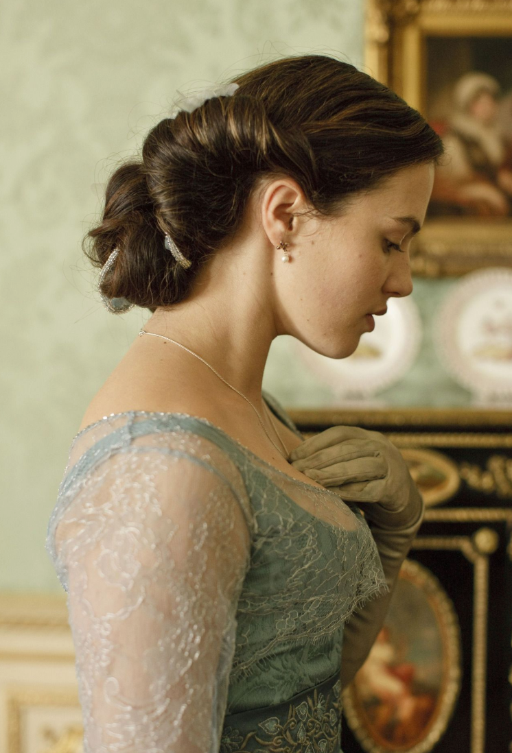 Lady Sybil Downton Abbey hairstyle