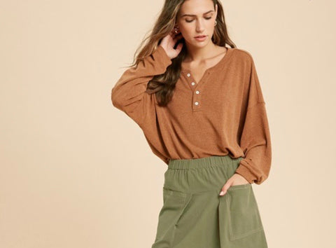 Camel Casual Heather Henley Top