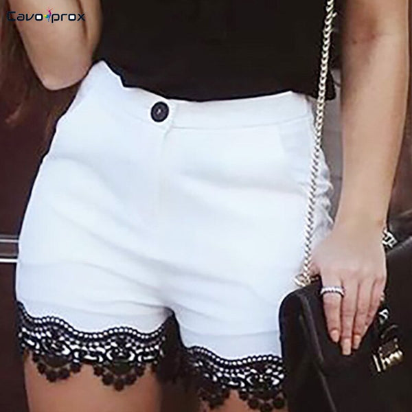 Women Lace Hem Buttoned Casual Shorts White High Waist Street Wear Fashion New Trends Slim Fit Bodycon Shorts