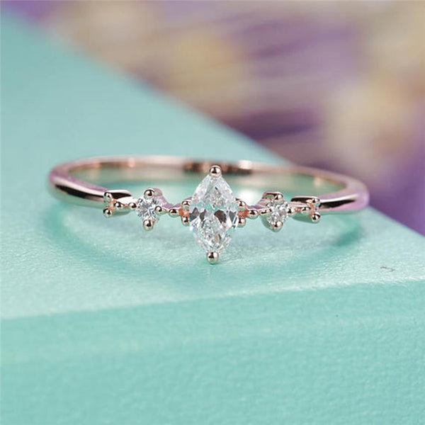 Three Stone Cluster Bridal Rings Wedding Jewelry Dainty Female Finger Ring R4