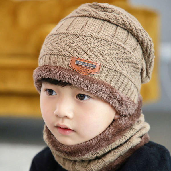 Children's head and ear protection warm hat scarf two sets.