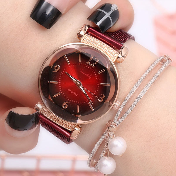Magnet Buckle Luxury Fashion Ladies Geometric Roman Numeral Watch.