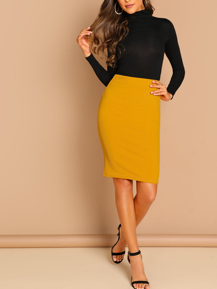 Slim Fit Pencil Skirt