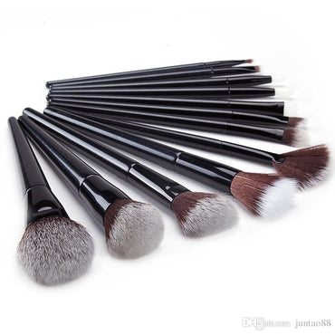 Makeup Brushes 15Pcs Makeup Brush Set Premium Synthetic Kabuki Brush Cosmetics Foundation Concealers Powder Blush Blending Face Eye Shadows