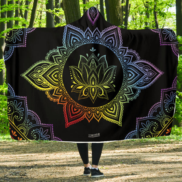 HOODED BLANKET - MANDALA - CENTERED3