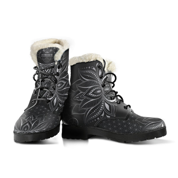 BW FAUX FUR LOTUS BOOTS
