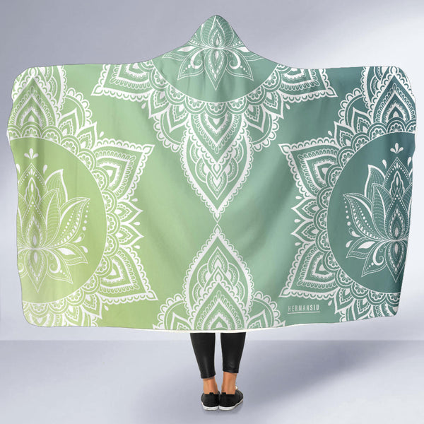 HOODED BLANKET WITH JADE MANDALA