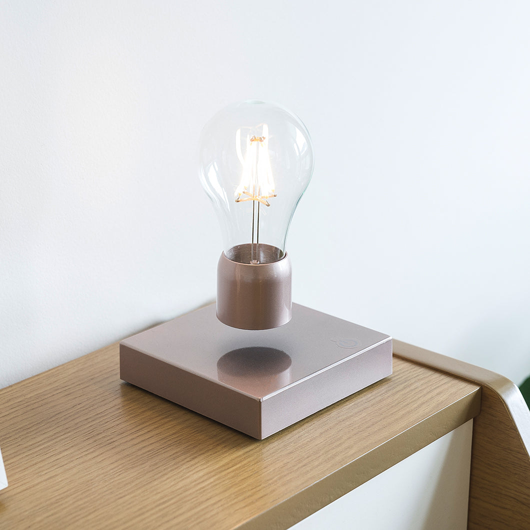 Levitating lamp - rose gold marble - PÆR Studio