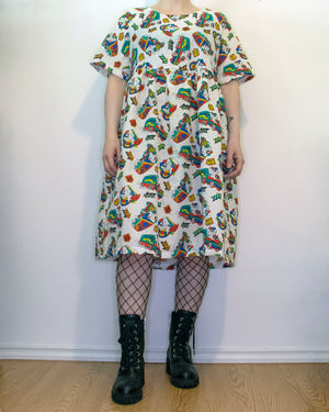 S-L Sage Smock Dress in 90s Koala Trucker