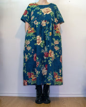 Load image into Gallery viewer, S-L Sage Smock Dress in Blue Floral