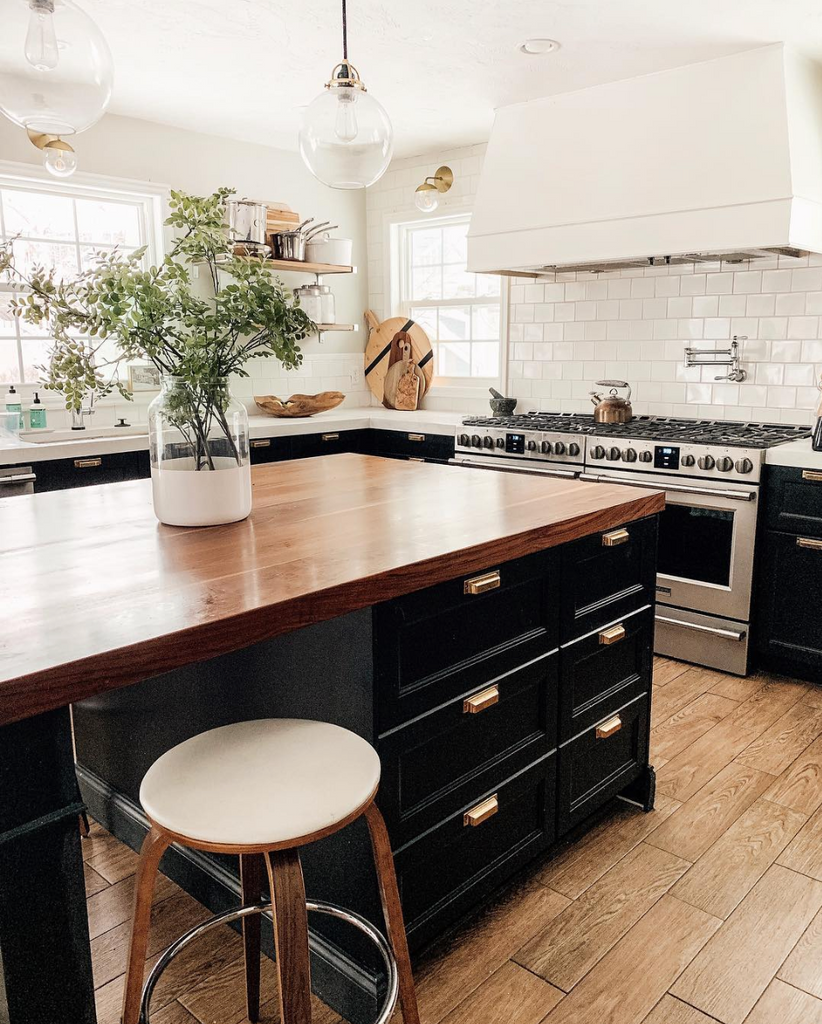wood countertop kitchen island - @chrislovesjulia