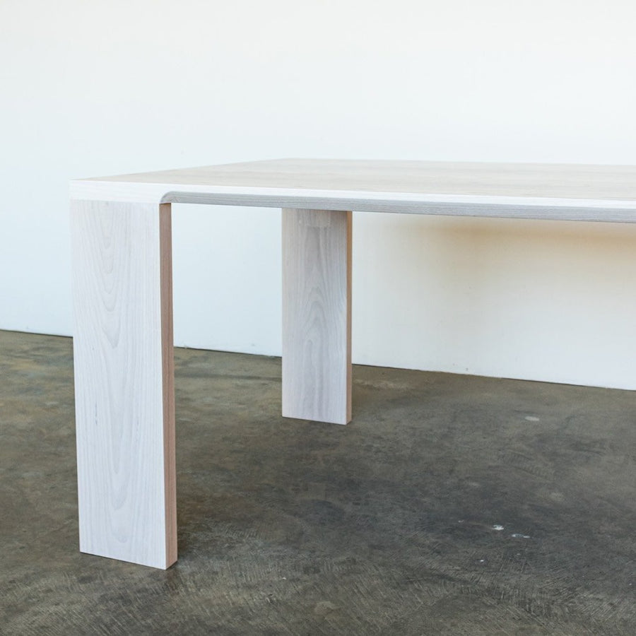 The Lumi dining table by Edgework Creative, Scandinavian table