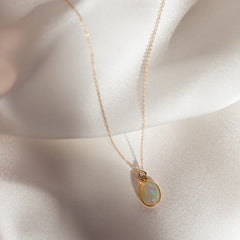 Cabochon Necklace | Opal