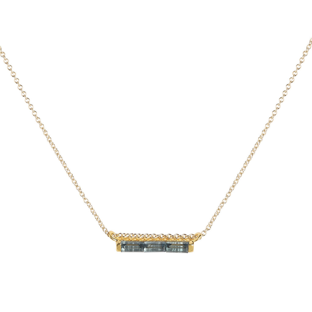 owned pre jewellery blue snake image yellow necklace chain topaz gold amp