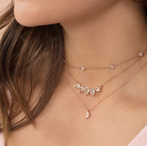 floatess rosegold choker, necklaces, layered, luna, sunny, brown hair