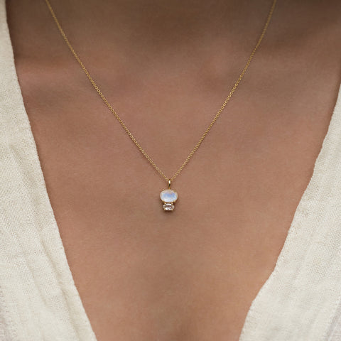 Leah Alexandra bijou necklace moonstone gold