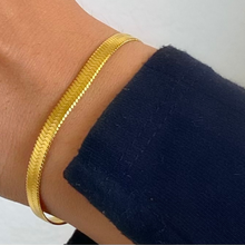 Load image into Gallery viewer, Gold Herringbone Chain Bracelet