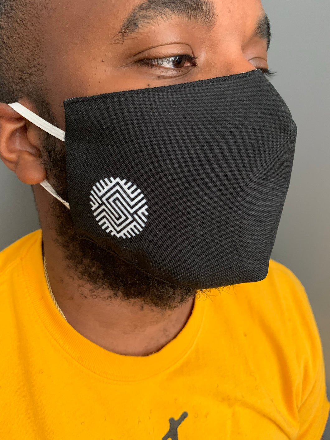 Schomburg Logo Face Mask