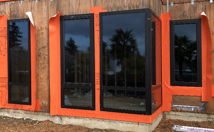 Doorwin Black Aluminum Tilt Turn Windows