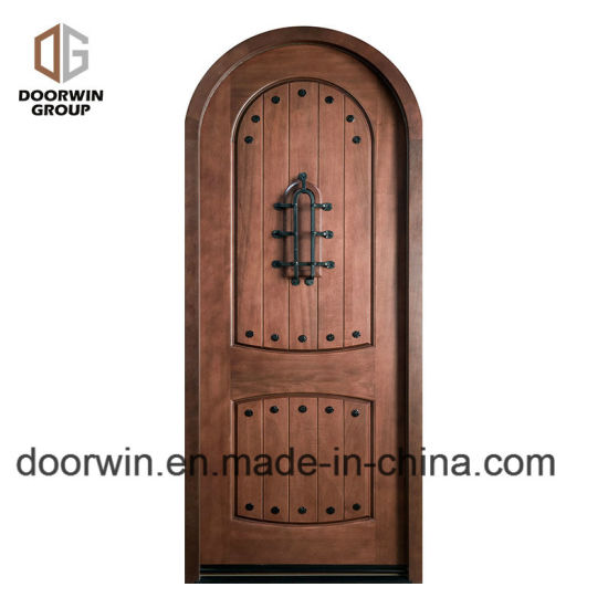 Arched Top Iron Clavos Door Design with Q-Lon Weather Strip Insulation and Solid Wood Front Door Frame - China Arched Top Doors, Door Design