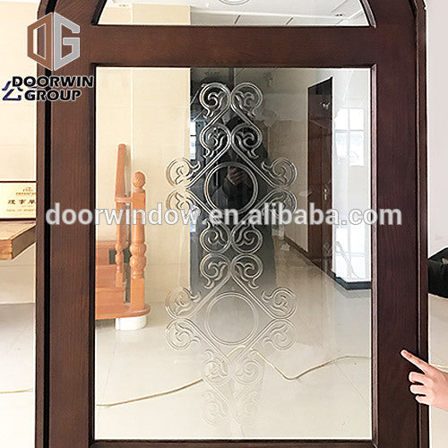 China Supplier spanish entry door sound proof solid wood front doors