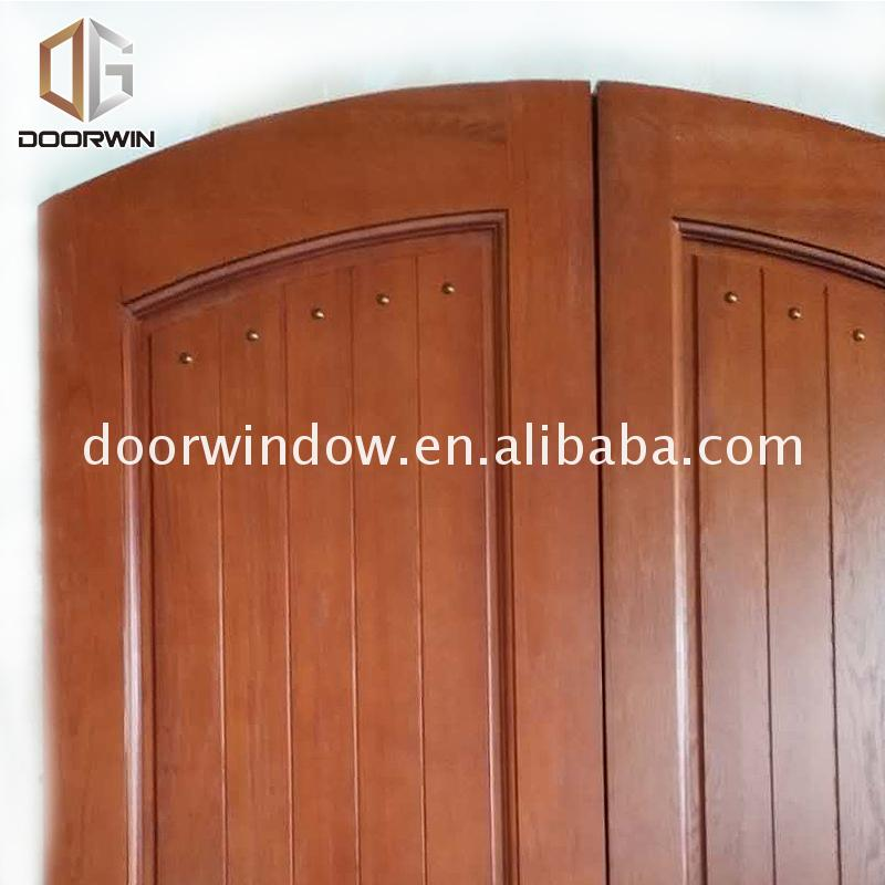 China factory supplied top quality soundproof front door sound proof apartment solid wood doors for sale