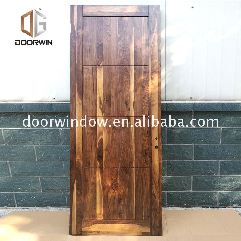 Factory price wholesale commercial interior wood doors classic wooden door designs
