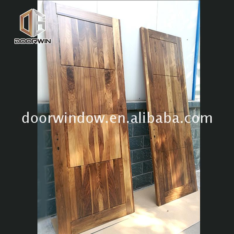 Good quality factory directly price of interior wood doors plain solid