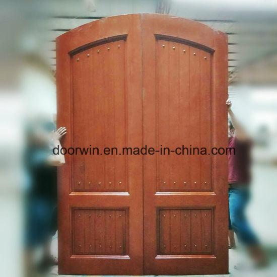 Red Oak Wood Door with Copper Nail - China Arch Main Door Design, Arched French Doors Interior