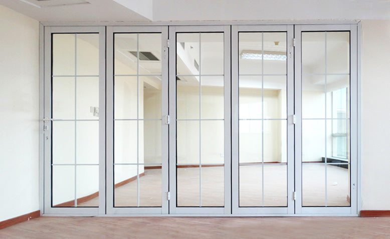 bi-folding door with colonial bars master
