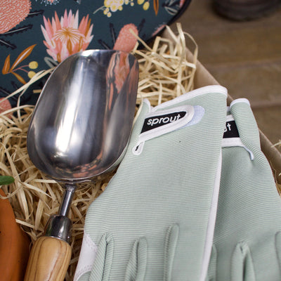 For Mum Potted Viola, Kneeling Mat, Gloves and Scoop