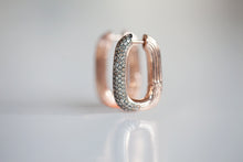 Load image into Gallery viewer, OVAL HOOPS WITH COGNAC DIAMONDS