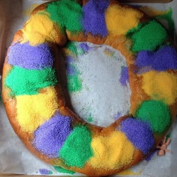 Hi Do Bakery Filled King Cake