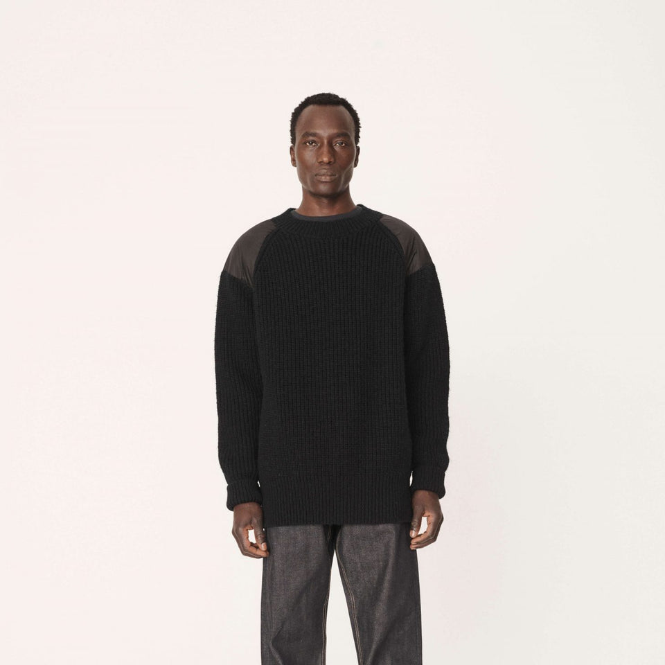 WALMER SHETLAND WOOL CREW NECK JUMPER BLACK