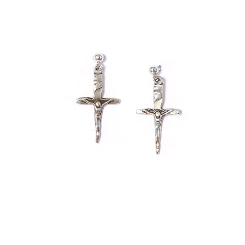 VOGUE_BRITT_BOLTON_CRUCIFIX_DAGGER_STUD_EARRINGS_2017.JPG