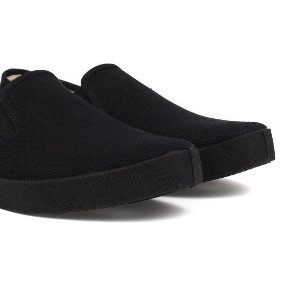 Barcelona Canvas Slip-on Sneaker - Black