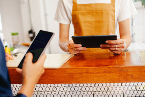 digital payments and ordering at a cafe