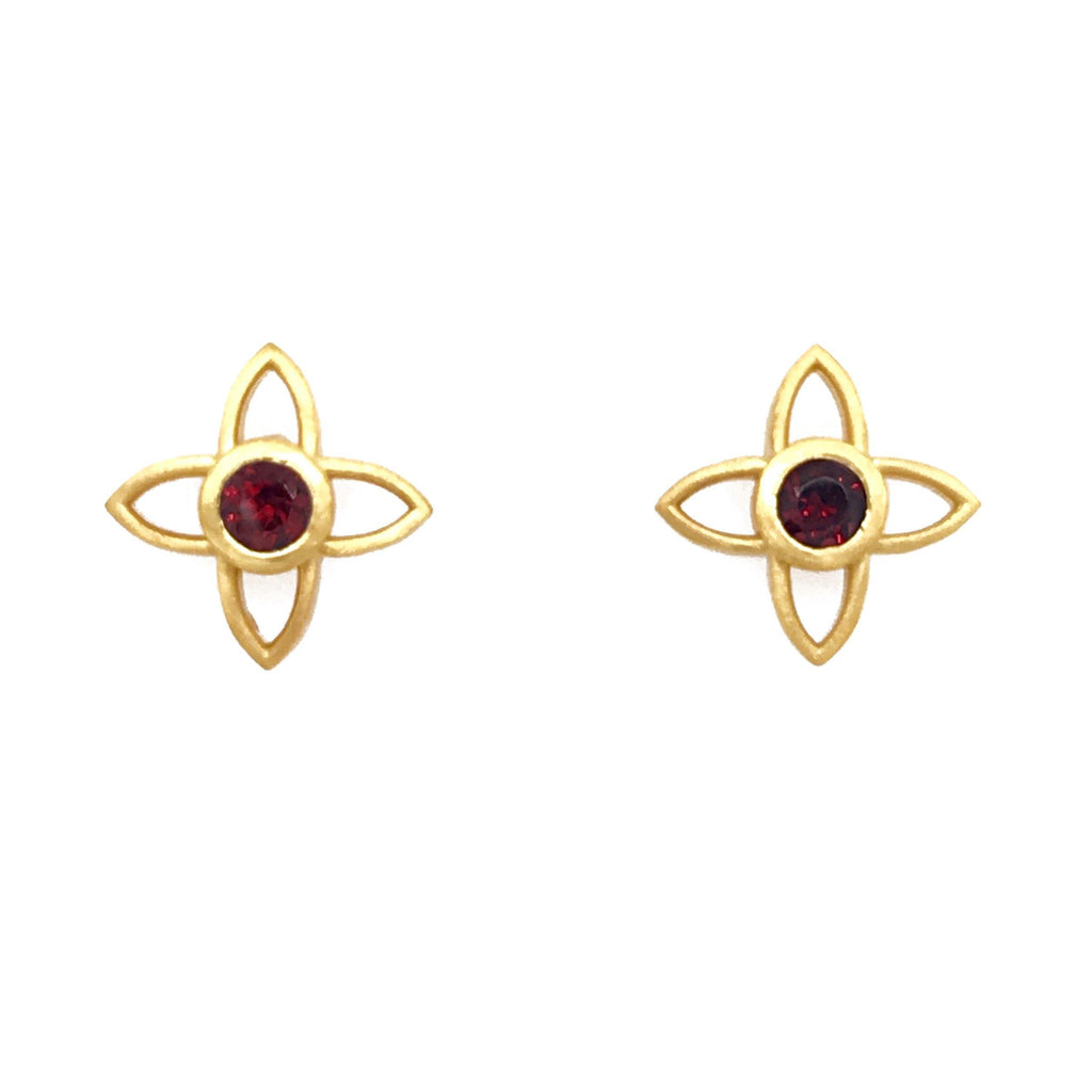 JOYE1PGAR EARRINGS- JOY FLOWER 15MM GARNET POST 24K GOLD VERMEIL