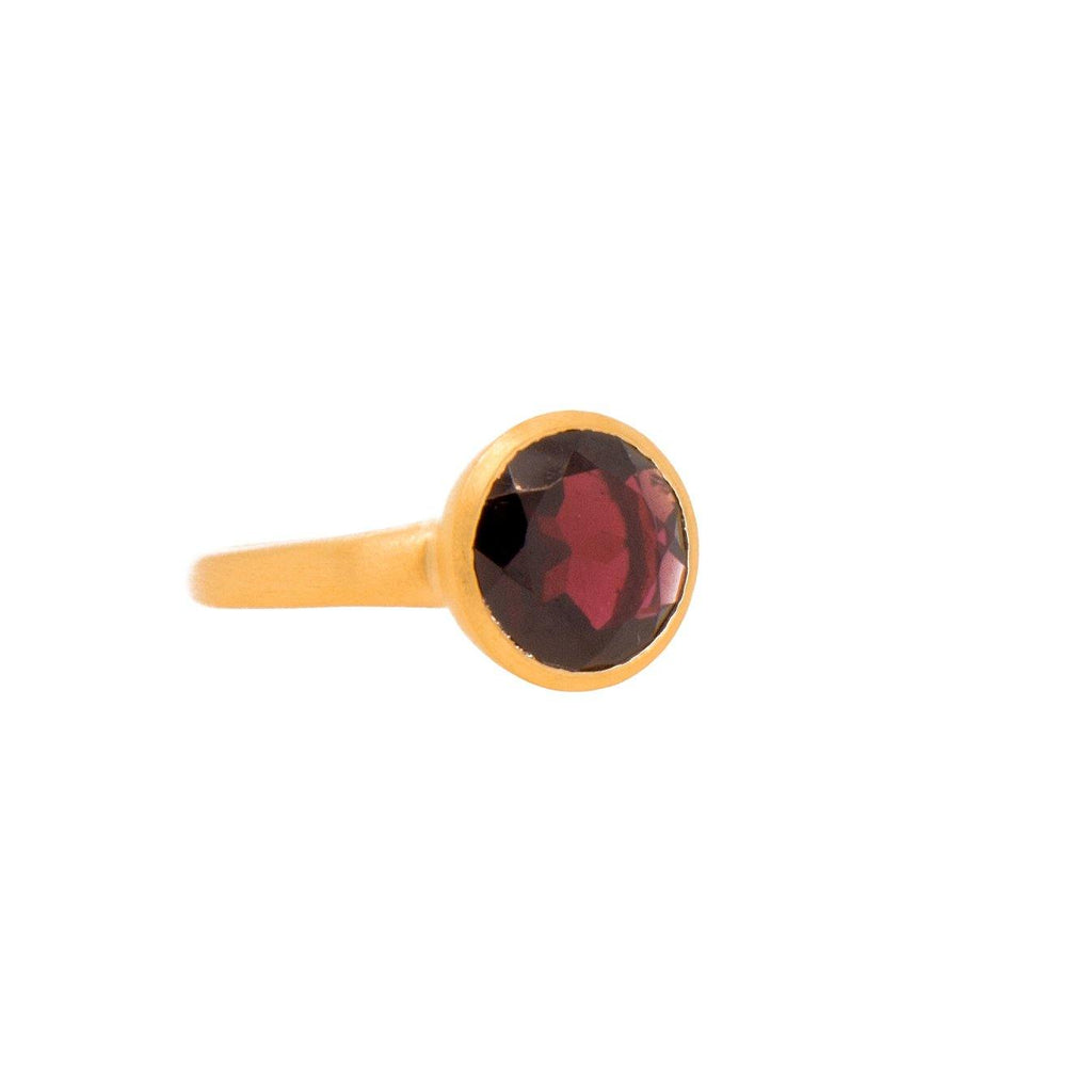 JOYR1GAR RING- JOY BASIC GARNET 24K GOLD VERMEIL