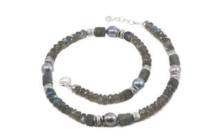 N08-0901SR NECKLACE- 8MM LABRADORITE SR GREY PEARL RHODIUM PLATED SILVER