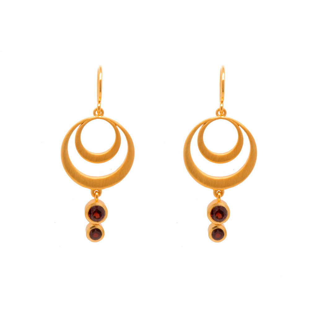 STRENGTH DOUBLE CIRCLE GARNET WIRE EARRINGS 24K GOLD VERMEIL - Joyla Jewelry