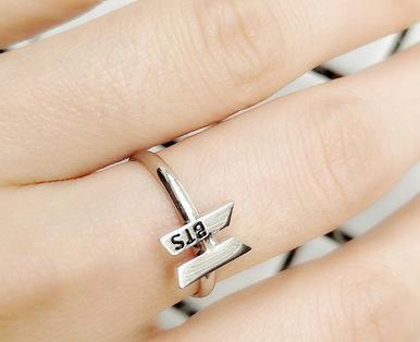 """BTS ARMY"" RING"