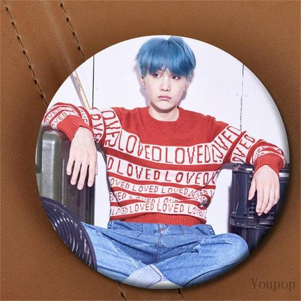 "BTS Merchandise -""LOVE YOURSELF"" BADGE"