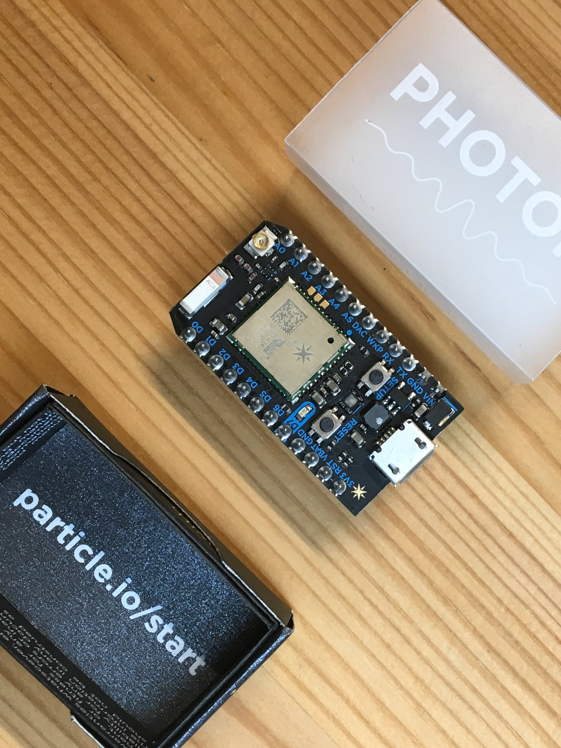 Particle Photon - IoT Development Board with Particle Cloud - Server On The Move