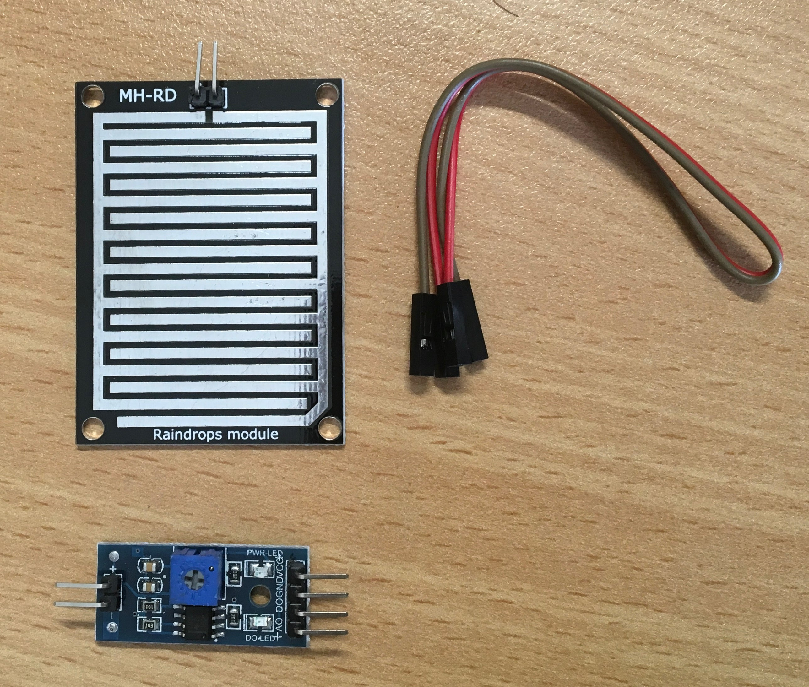 Rain / Snow Double-sided Sensor Module for Arduino, Raspberry, NodeMCU and more - Server On The Move