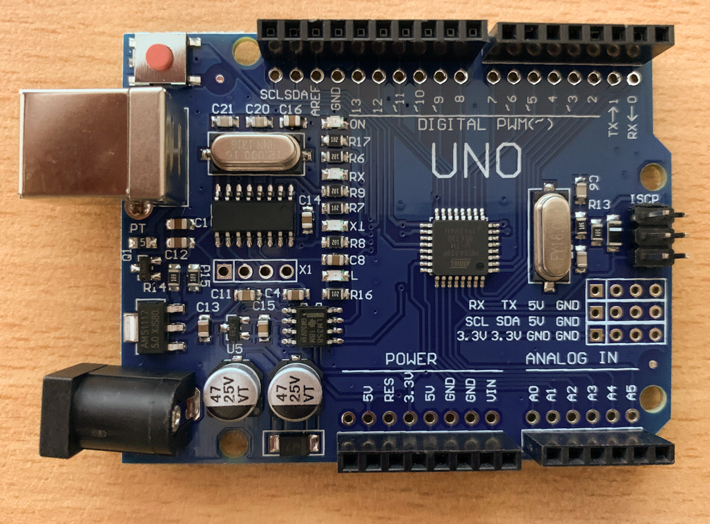 Improved Uno R3 Arduino Compatible 16Mhz board with additional breakouts - Server On The Move