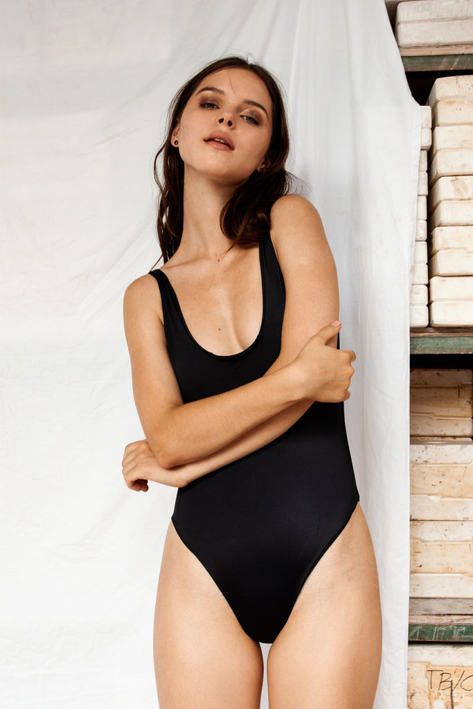 Classic Onepiece - Black