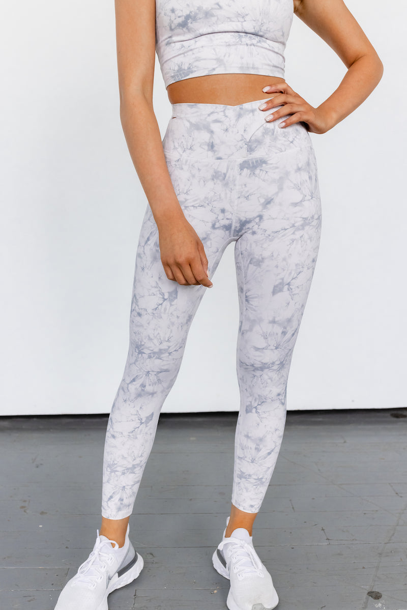 Astoria LUXE CLOUD Crossover Legging - White