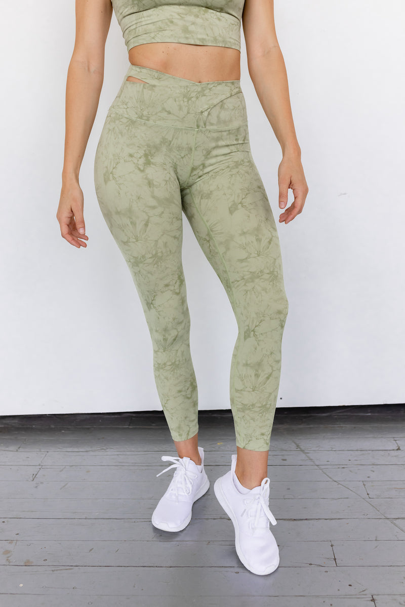 Astoria LUXE CLOUD Crossover Legging - Green